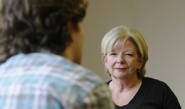 Social worker   Health Careers